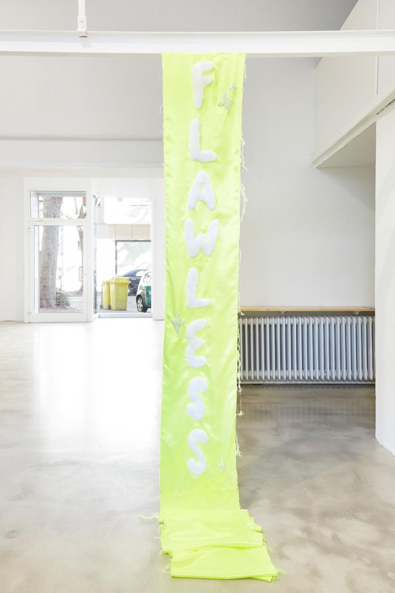 Ninasagt – Düsseldorf Art Academy class meeting., Flawless featuring Ellen Dynebrink